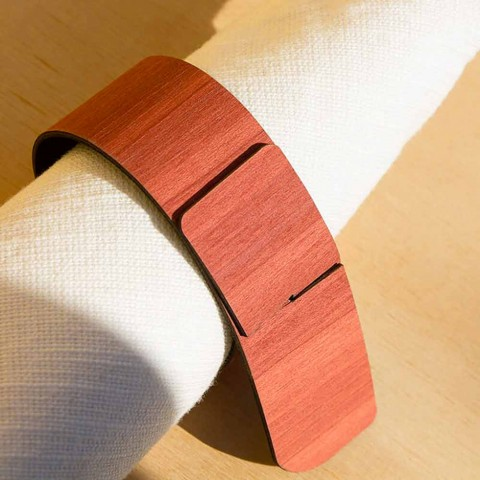 Ring servietring i træ og stof fremstillet i Italien - Abraham