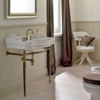 3-huls håndvaskarmatur med høj tud i messing og sommerfuglhåndtag - Miriano