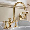 3-huls håndvaskarmatur med høj tud i Classic Handmade Messing - Fioretta