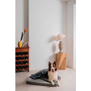 Blød hundeseng med pude og fleece tæppe lavet i Italien - Calduccio