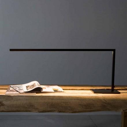 Design bordlampe i mat sort malet jern fremstillet i Italien - Linea