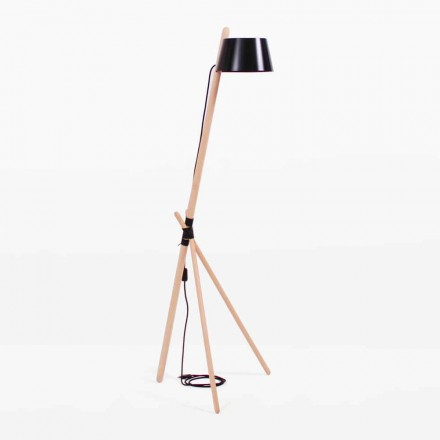 Design gulvlampe i bøg og lakeret metal - Avetta