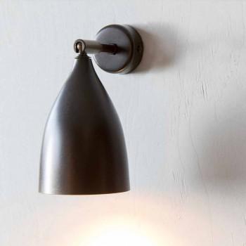 Moderne håndværker væglampe i jern og aluminium fremstillet i Italien - konisk