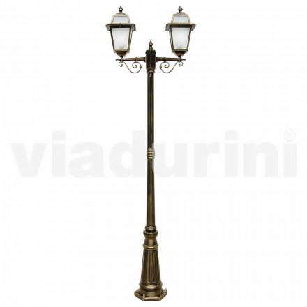 Udendørs lamper med to lamper lavet af aluminium, fremstillet i Italien, Kristel