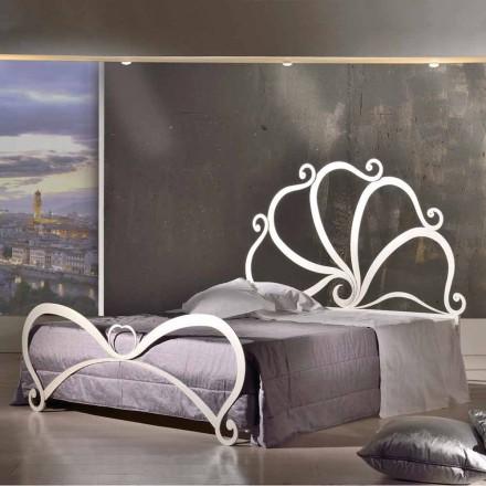 designe dobbeltseng lavet af jern med krystal dekorationer Eden