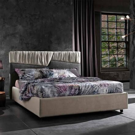 Moderne design dobbeltseng med foldet eller quiltet hovedgærde - Alano