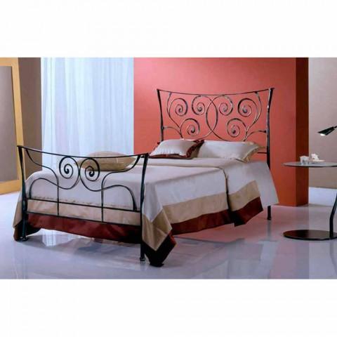 En seng og en halv Square Smedejern Ares
