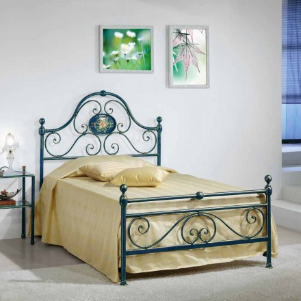 Bed queen size smedejern knust Gloria Design