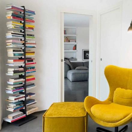 Moderne bibliotek fra jorden fastgjort til væggen tante Bice