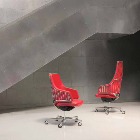 Executive kontorstol model ved italiensk Luxy, fremstillet i Italien