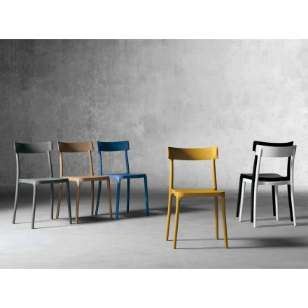 Udendørs / indendørs design stol lavet af polypropylen lavet i Italien Peia