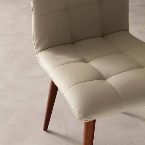 bejdset træ stol betrukket med imiteret læder Lilla