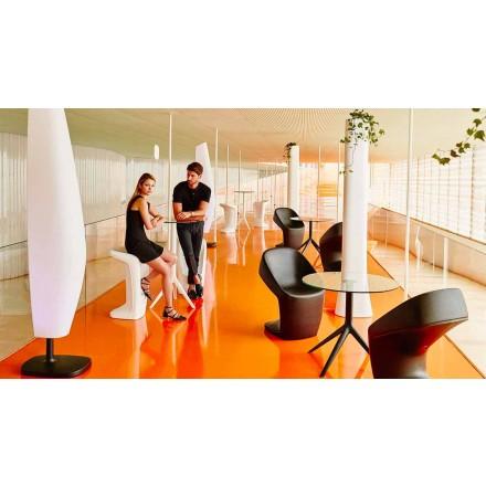 Moderne udendørsstole Ufo fra Vondom, lavet med polyethylen
