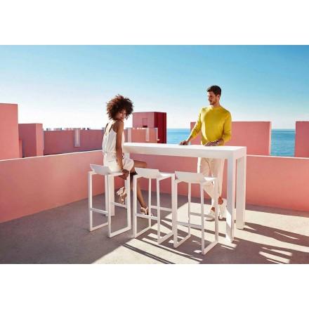 Wallstreet udendørsstole af Vondom, i polypropylen med glasfiber