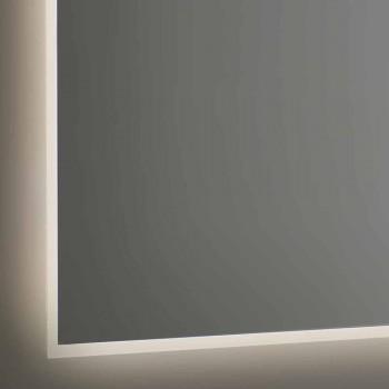 Baggrundsbelyst badeværelsesspejl med sandblæst ramme Lavet i Italien - Floriana