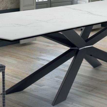 Køkkenbord med design i marmor og sort stål fremstillet i Italien - Grotta