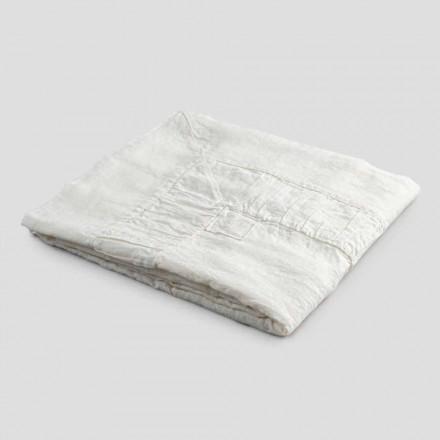 Firkantet duge i hvidt linned, ramme og præget kantfold - Mippel