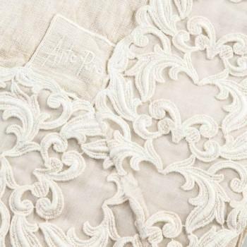 Beige linned rektangulær duge med Farnese luksus håndværksblonder - Kippel