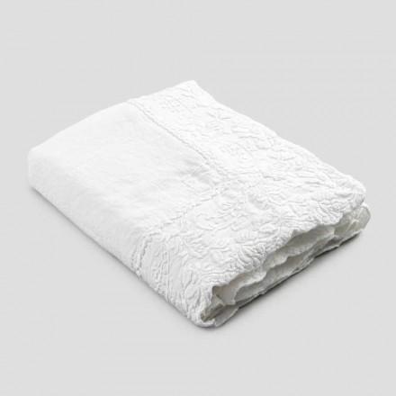 Beige linned rektangulær duge med håndlavet luksus kronbladbroderi - Vippel