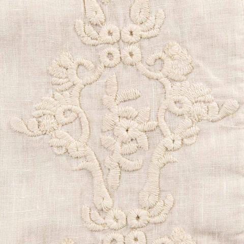 Amerikanske morgenmadsdækkeservietter i linned med arabesk broderi 2 stykker - Bipellino