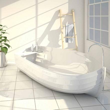 Design badekar i form af en Ocean båd lavet i Italien