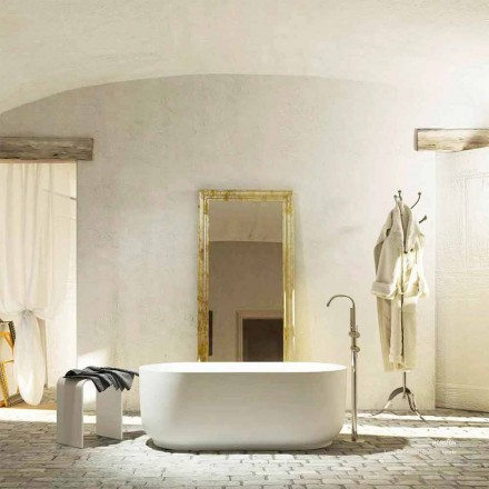 Fritstående badekar i moderne design produceret 100% i Zollino i Italien
