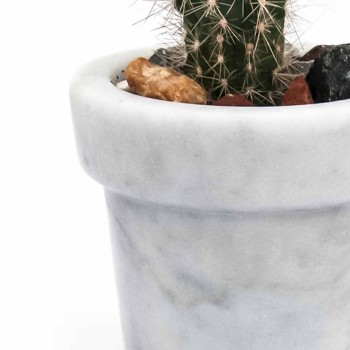 Afrundet jar af design i hvid Carrara-marmor lavet i Italien - blæsende