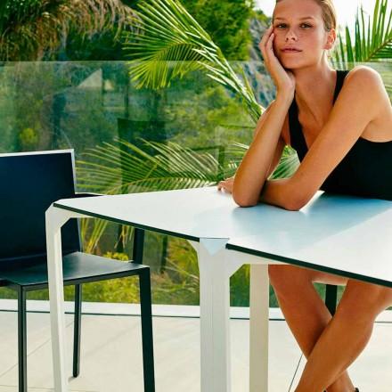 Vondom Quartz udendørs firkantet bord med moderne design